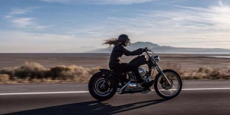 girl-riding-motorcycle